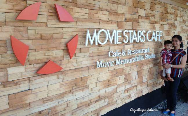 Movie Stars Cafe - Facade