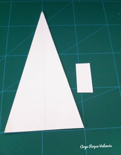 Triangular and rectangular cardboards